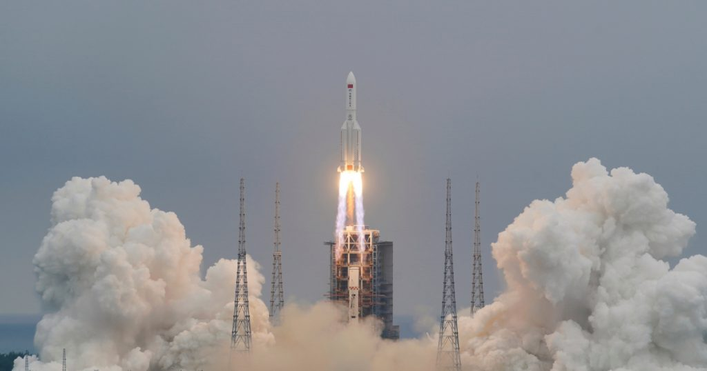 Global Panic: China's Biggest Rocket To Hit The Earth In Hours Amidst Fear For Debris Damage